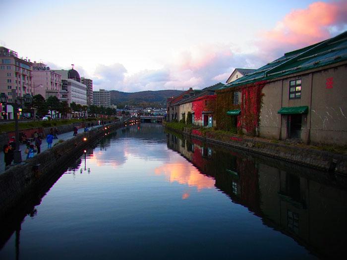 小樽運河と倉庫群