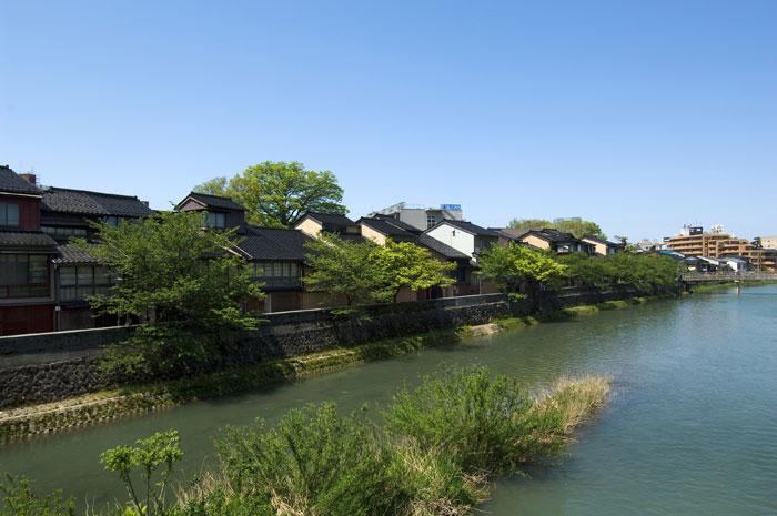 金沢 主計町茶屋街(写真提供:金沢市)