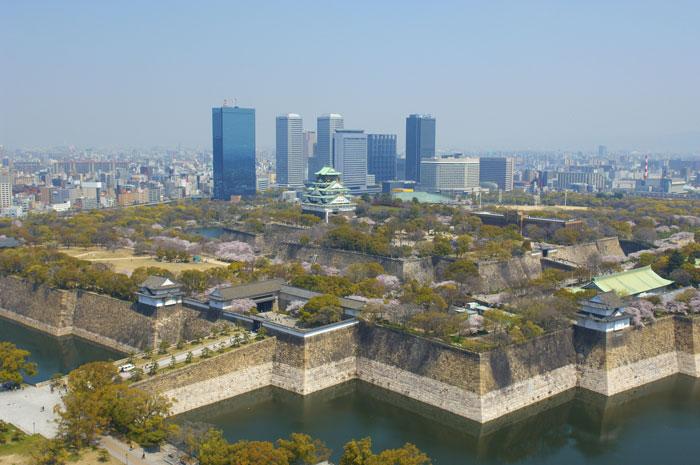大阪城 ©(公財)大阪観光局