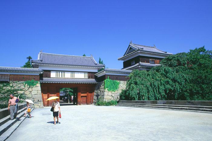 上田城跡(城門)写真提供:長野県観光機構