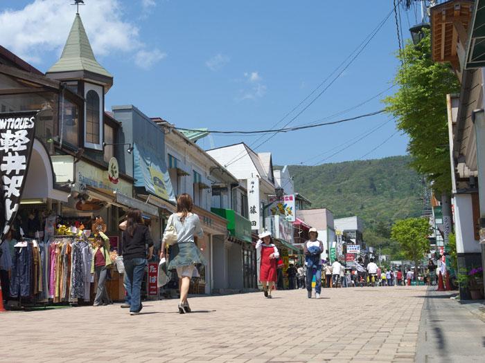 旧軽井沢銀座(写真提供:長野県観光機構)