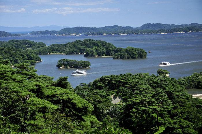松島遊覧船(写真提供:宮城県観光課)