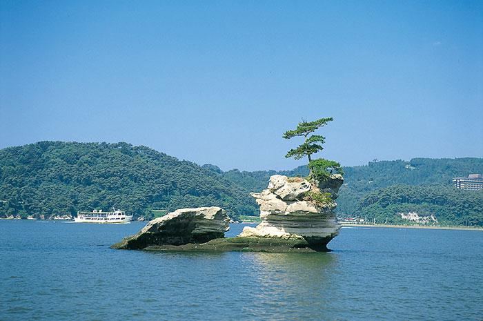 千貫島(写真提供:宮城県観光課)