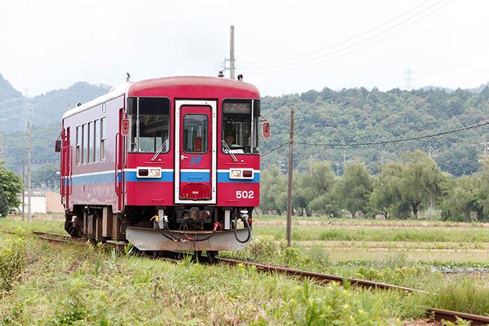 長良川鉄道(写真提供:岐阜県観光連盟)