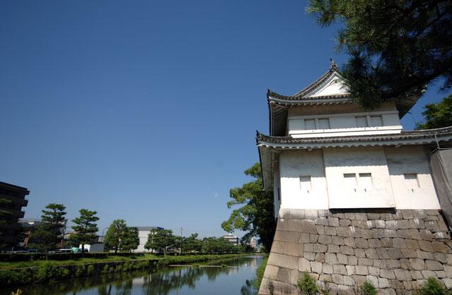 二条城 東南隅櫓(写真提供:Photolibrary)