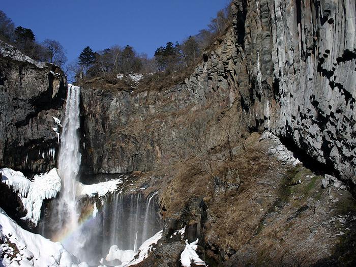 華厳滝(写真提供:日光市観光協会)